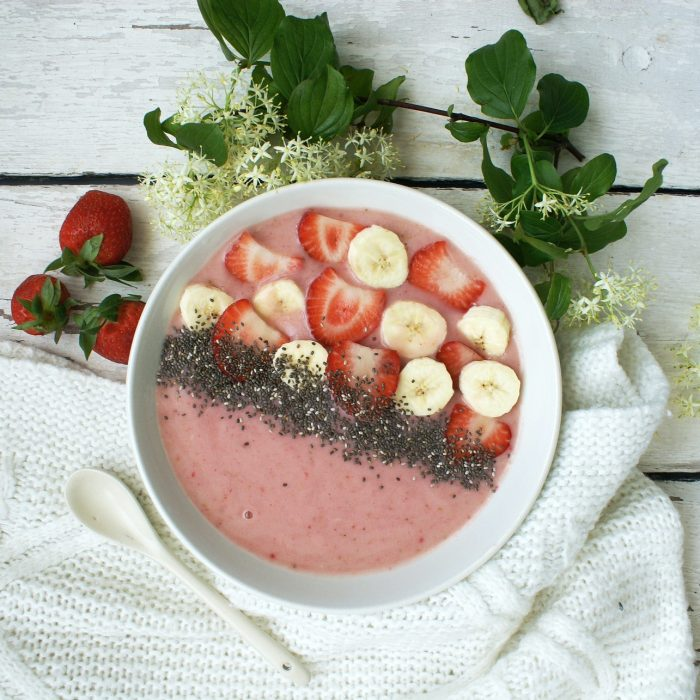 Bananas- Berry and Peanut Butter Smoothie